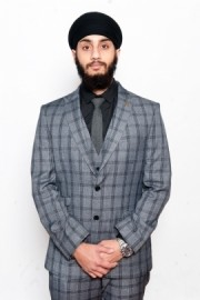 Manmeet Singh - Close-up Magician - Birmingham, Midlands
