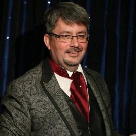 Paul Longhurst - Cabaret Magician - Surrey, South East