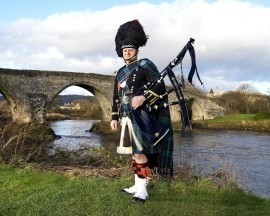 Thistle Piping Central Scotland - Bagpiper - Central, Scotland