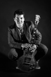 Alex Voysey - Guitar Singer - Leeds, Yorkshire and the Humber