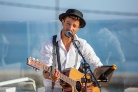 Bruno Meyners - Male Singer -