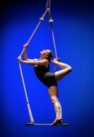 Leah the acrobat - Aerialist / Acrobat - Chicago, Illinois