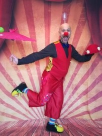 The Webcam Circus Show - Clown - Edinburgh, Scotland