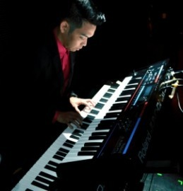 Uel - Pianist / Keyboardist - Philippines