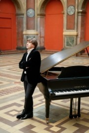 Igor Balakirev - Pianist / Singer - Russia, Russian Federation