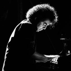 ROBERTO ESPOSITO - Pianist / Keyboardist - Italy