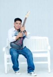 ian mendoza - Acoustic Band - cambodia, Cambodia