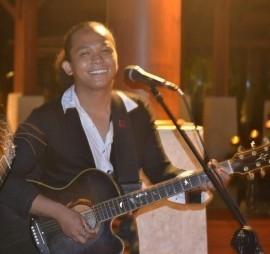 Raine - Cover Band - Boracay, Philippines