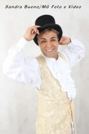 Junior Mágico - Stage Illusionist - SAO PAULO, Brazil