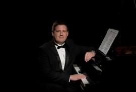 Stephen Roberts - Pianist / Keyboardist - Kinghorn, Scotland