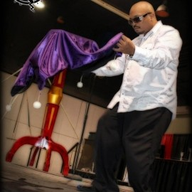 The Magic of David Shareef - Cabaret Magician - Illinois