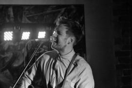 Robbie Hutton - Acoustic Guitarist / Vocalist - Stirling, Scotland