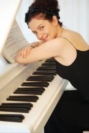 Mariya Simeonova  - Pianist / Keyboardist - Bulgaria