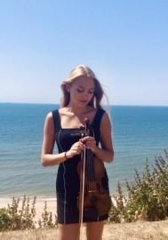 Athena Octavia - Violinist - Richmond, London