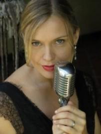 Andrea Allumay - Female Singer - Cairns, Queensland