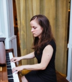 Charlotte Dike - Pianist / Keyboardist - Seattle, Washington