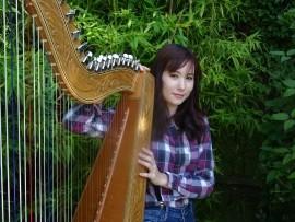 Niina - Harpist - Lincolnshire, Midlands
