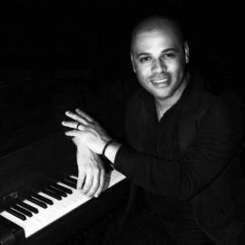 Walisson Melo - Pianist / Singer - João Pessoa, Brazil