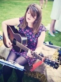 Emma Ronchetti - Guitar Singer - Cornwall, South West