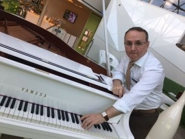 Rufat Khalilov - Pianist / Keyboardist - Azerbaijan/Baku, Germany