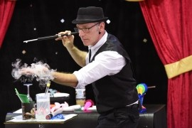 Magic Glen - Children's / Kid's Magician - Australia, Queensland