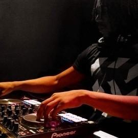 DJ Hipnotik - Nightclub DJ - Quebec