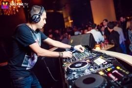 Johnny Black - Party DJ - Dubai, United Arab Emirates