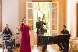 Livia Itaborahy - Female Singer - Minas Gerais, Brazil