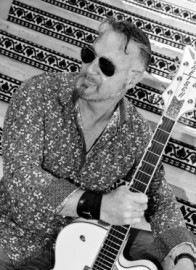 Gary Lithgow - Guitar Singer - Spain