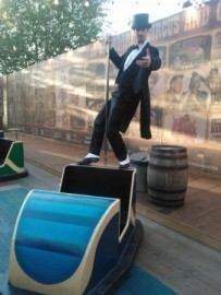 Equador The Wizard - Cabaret Magician - London