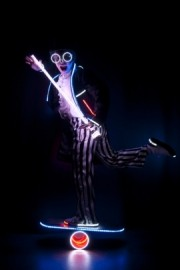 Light Juggling - Juggler - Russia, Russian Federation