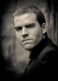 Sam Fitton - Close-up Magician - Manchester, North West England