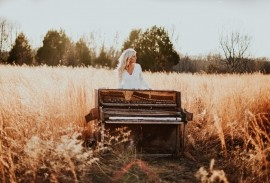 Sarah Watkins  - Pianist / Keyboardist - Maryland