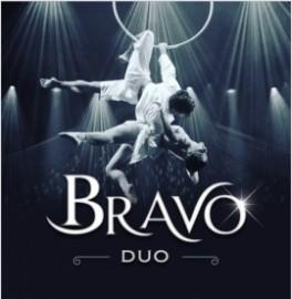 Duo Bravo - Aerialist / Acrobat -