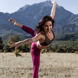 Daryna  - Female Dancer - Kyiv, Ukraine