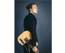 Hampus Backström - Electric Guitarist - London