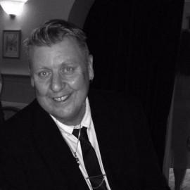 Dave king vocalist  - Male Singer - Norfolk, East of England