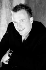 Gavin Murray - Male Singer - Portsmouth & Haywards Heath, South East
