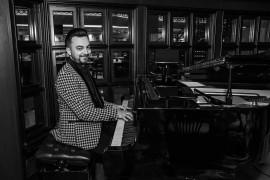 George Francis - Pianist / Keyboardist - Romania, United Arab Emirates