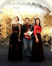 Sunny Island - Trio - Moscow, Russian Federation