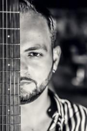 Stefan Pribagu - Guitar Singer - Avellino, Italy