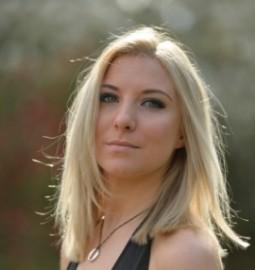 Becky Burraway - Female Singer - Wimbledon, London
