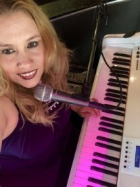 Claudette Casiano - Pianist / Singer - San Antonio, Texas