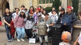Tappy the robot - Puppeteer - shropshire, Midlands
