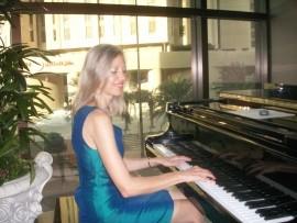 Pianist ,Singer /pianist,Singer - Pianist / Keyboardist - Sofia, Bulgaria