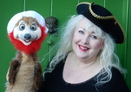 MERLYNDA! - COMEDY PERFORMANCE POET & VENTRILOQUIST - Adult Stand Up Comedian - Bideford, South West