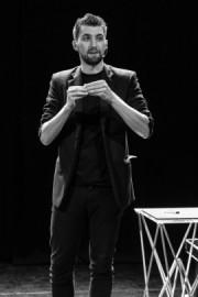 Elliot Bibby - Magicman - Close-up Magician - Edinburgh, Scotland