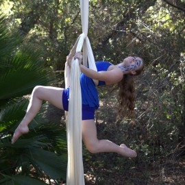 Sadie Ismay - Aerialist / Acrobat - United States/ San Diego, California
