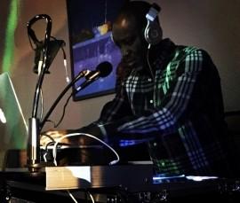 DJ Ease image