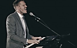 De La Fontaine - Pianist / Singer - Australia, Victoria